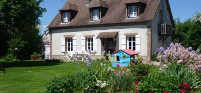 G te la petite maison h bergements locatifs ouche en - La petite maison normandie ...